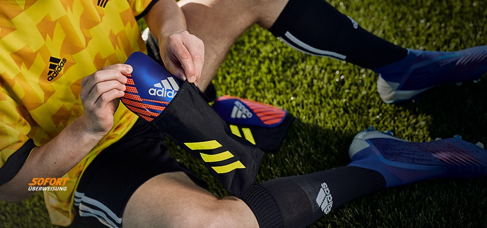 adidas Exhibit Pack Shinpads
