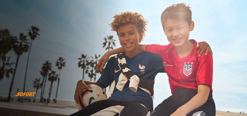 Nike Kids Replica