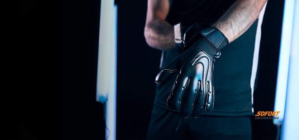 Nike UTR Gloves