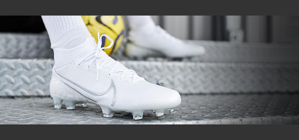 Nike Nuovo White